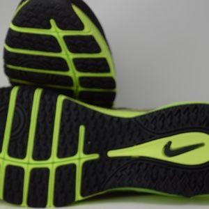 Nike Men' s Air Max TR 180 AMP Men Shoe 723973 073 NWT